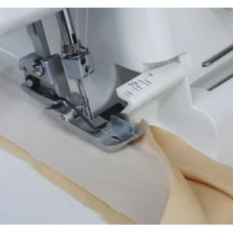Лапка для вшивания канта 3мм к оверлокам Janome 200219103 фото