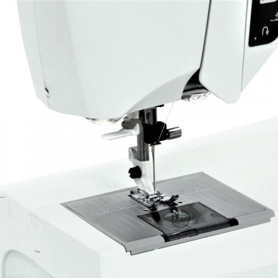 Швейна машина Husqvarna Opal 690Q