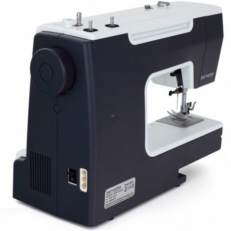 Швейна машина Bernina Bernette B33