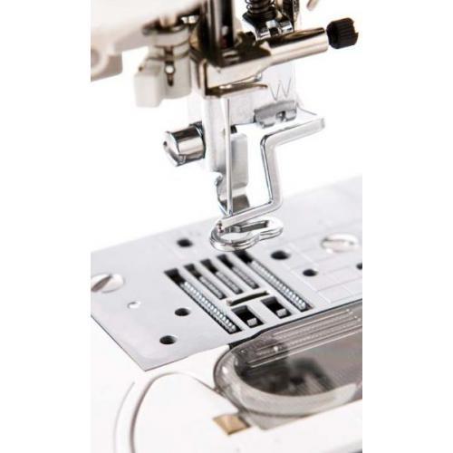 Швейно-вышивальная машина Brother Innov-is NV-5000 фото