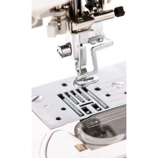 Швейно-вышивальная машина Brother Innov-is NV-5000